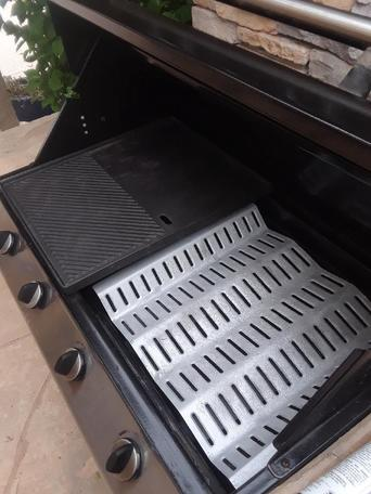 A Fire Magic BBQ grill that was just cleaned professionally in Palm Springs.